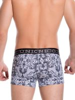Unico: Mini Boxer Changing