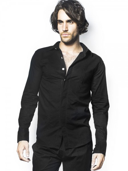 L'Homme Tudor: Loungeshirt, schwarz
